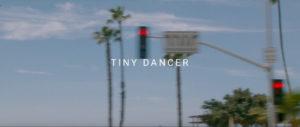 "Elton John: Neues Video zu ""Tiny Dancer"""